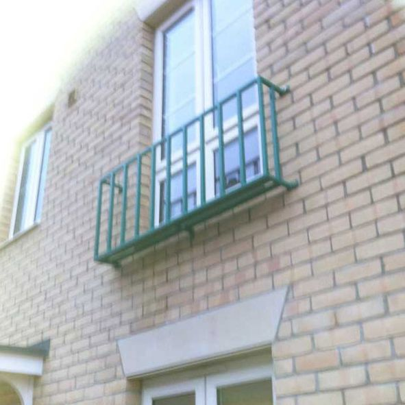 green-steel-balcony-rails